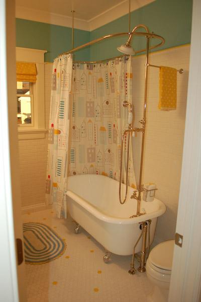 Tile Backsplash In a Cape Cod Style House   iCreatables.