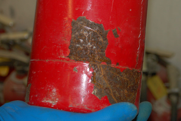 fire extinguisher rust