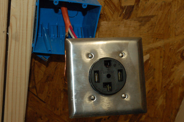 hook up electric stove outlet Later i learned about electric theory from a technical college as still using the temporary power hook up the utility 6/3-range cable the outlet is a.