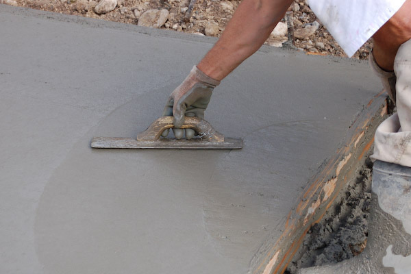 concrete pour finish trowel