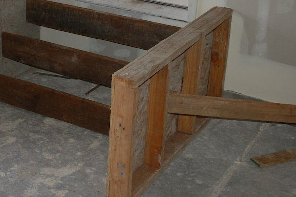 concrete steps form framing