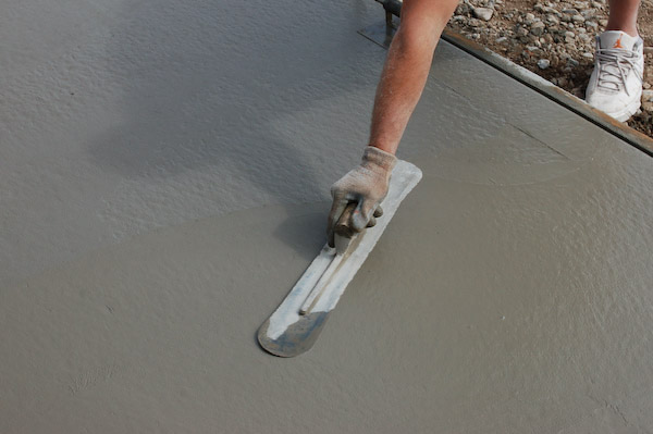 Lay Concrete - Pour and Finish Concrete Slab For Storage Sheds