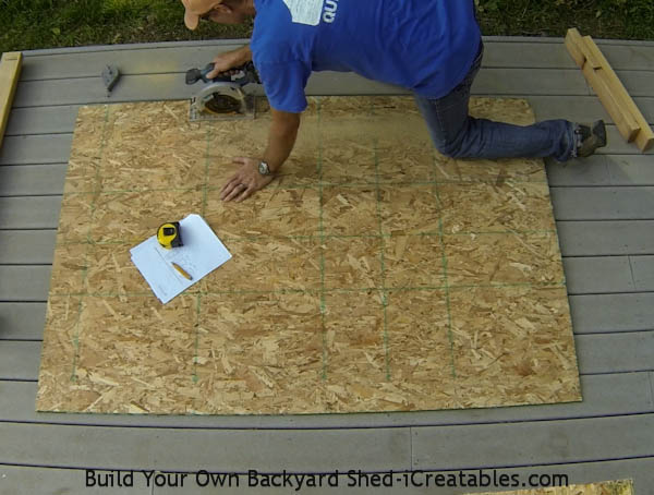 How to build a shed doo - cut out the back panel to the shed door