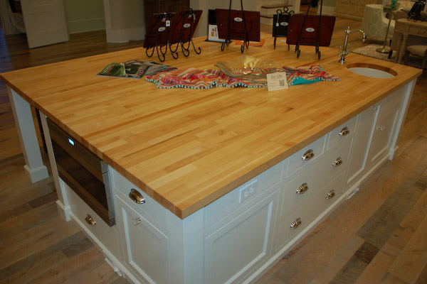 Woodworking plans butcher block kitchen island ideas pdf plans - Small butcher block island ...