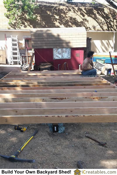 Pictures of gambrel sheds photos of gambrel sheds for 12 x 20 shed floor framing