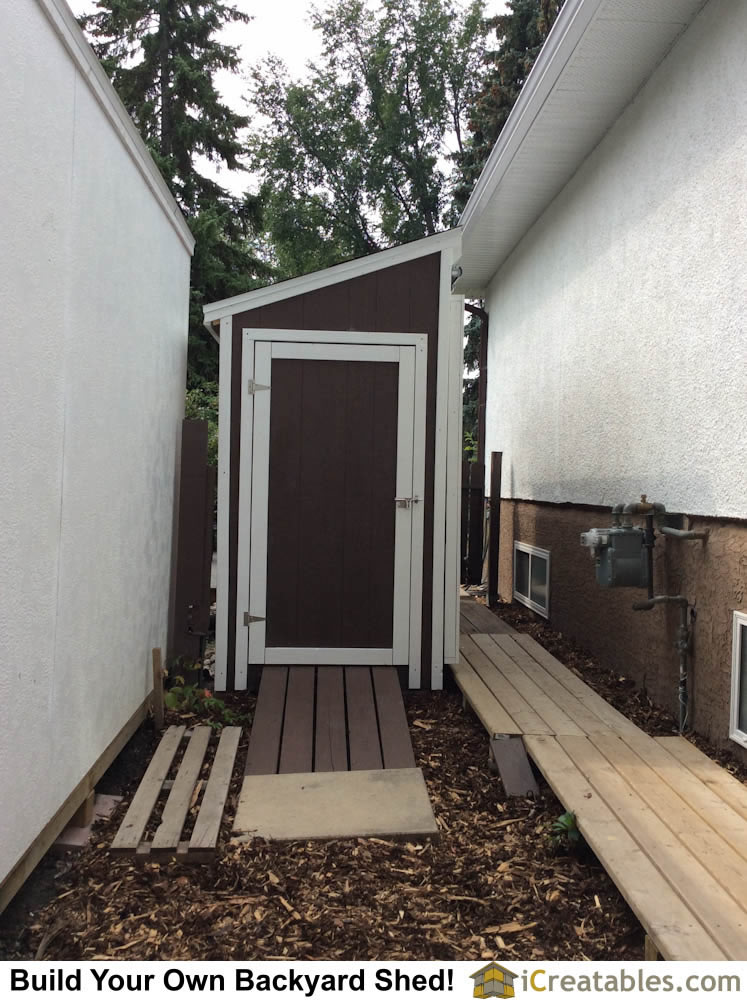 Garden shed plan. Learn how to build your own storage shed.